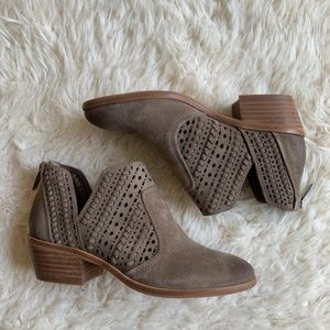 Vince Camuto Shoes - Vince Camuto Prasata Suede Ankle Bootie Foxy